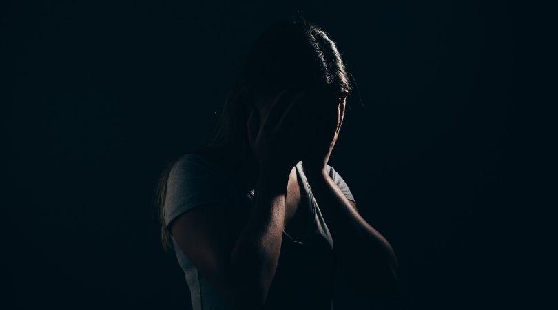 1 von 7 Frauen werden in ihrem Leben verfolgt – das sollten Sie wissen