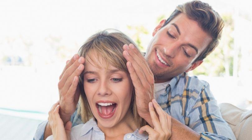 Mitbewohner-Ehen: Was sie sind und die Warnzeichen, auf die man achten sollte