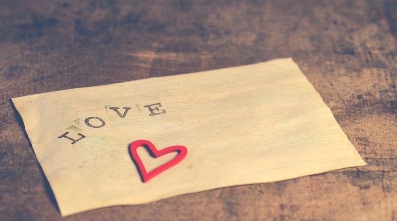 8 Unglaubliche Wege, ein Mädchen besonders und geliebt fühlen zu lassen