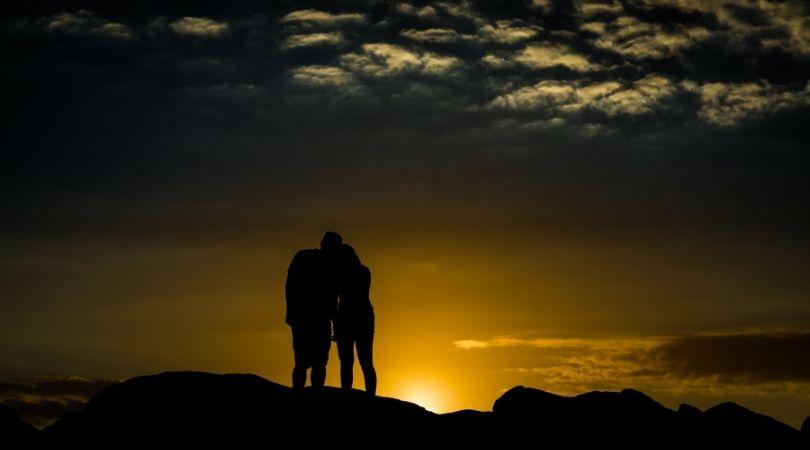 Paare mit dem gleichen Sternzeichen: Können sie Erfolg haben?