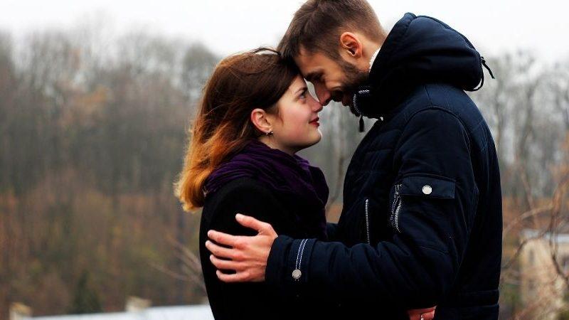 Wie können Sie wissen, ob Ihr aktueller Liebhaber mit Ihrem Geliebten aus dem vergangenen Leben verbunden ist?
