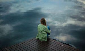 4 Gründe, warum die meisten Menschen unglücklich sind