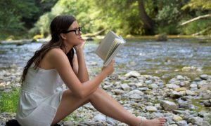 Bücher zum Lesen basierend auf Ihrem Sternzeichen für diesen Sommer