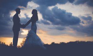Wer will heiraten und wer nicht das können sie aufgrund ihrer Sternzeichen gleich wissen